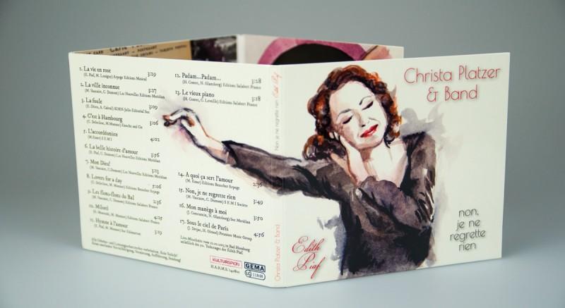 CD Gestaltung Christa Platzer und Band spielen Piaf